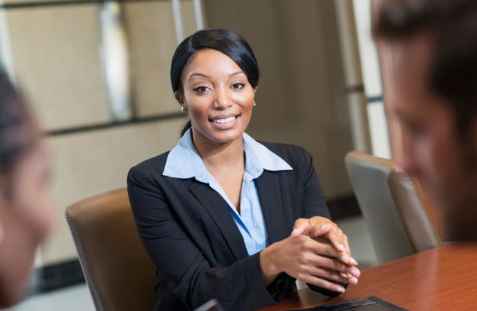 Job-interview-black-woman-business–e1467732193634_690x450_crop_80